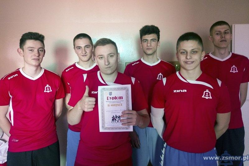 Drużyna ZSM grająca w Mistrzostwach Powiatu Kołobrzeskiego w piłce koszykowej chłopców